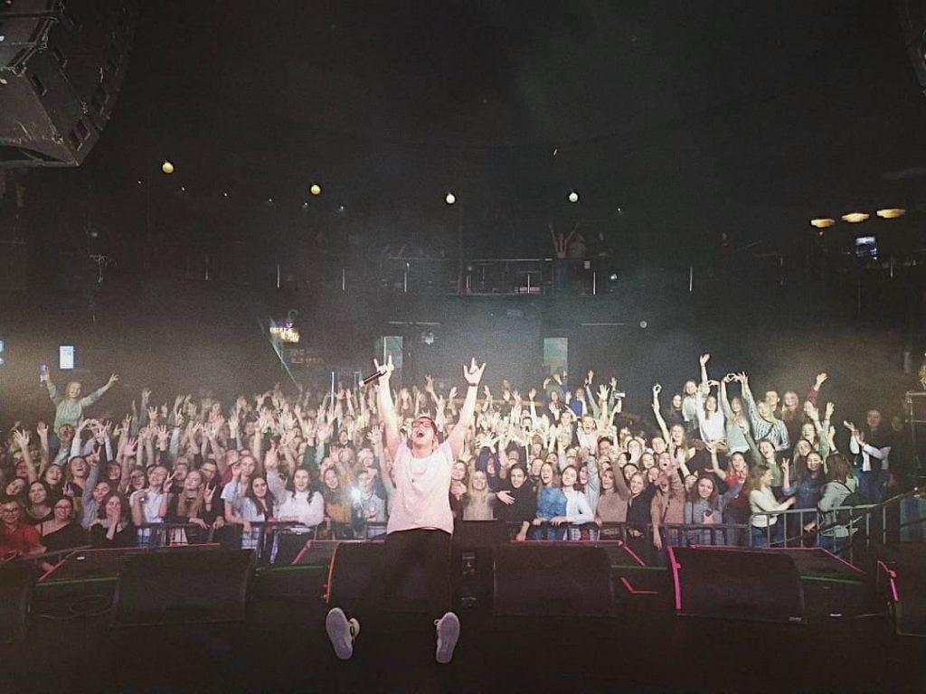 Гарик Погорелов фото с концерта