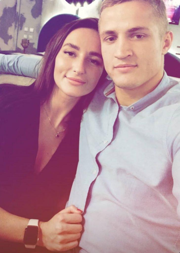 Сергей Воробьев с девушкой