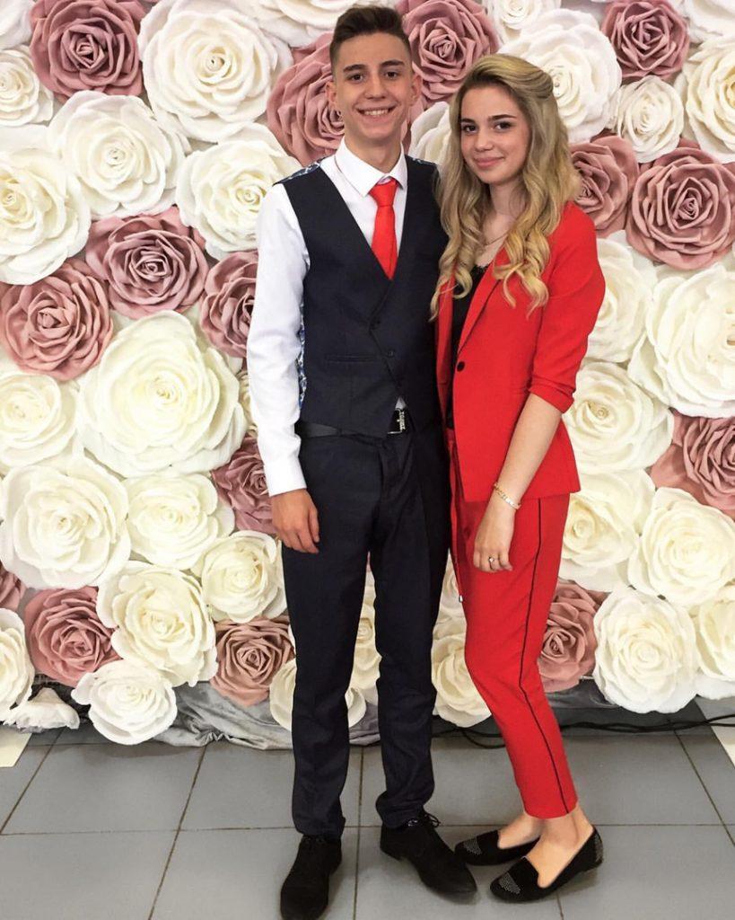 Влад Глент и его девушка Виктория