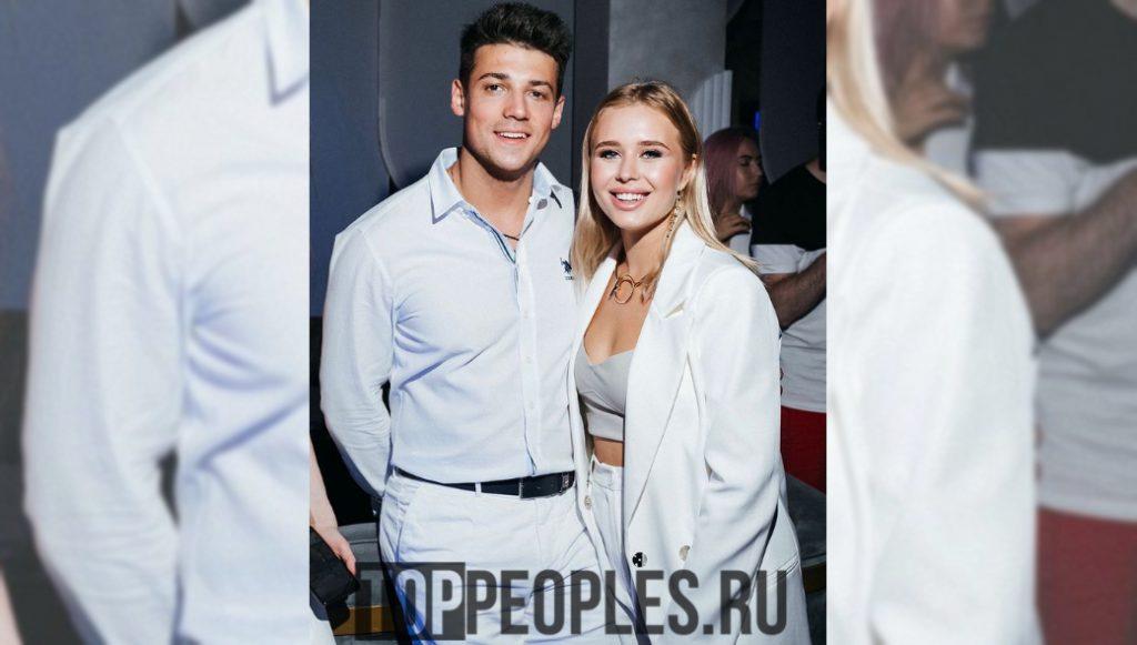Оля Нечаева (Акуна Матата) фото с мужем