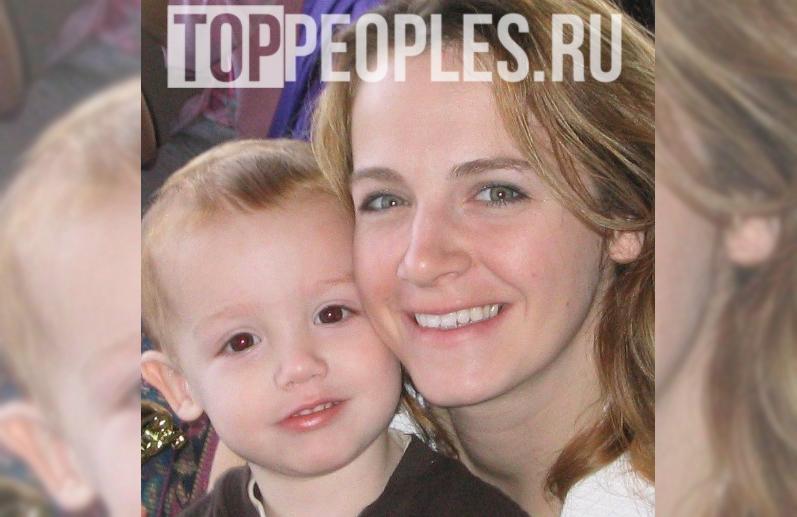 Пейтон Мурмайер в детстве с мамой