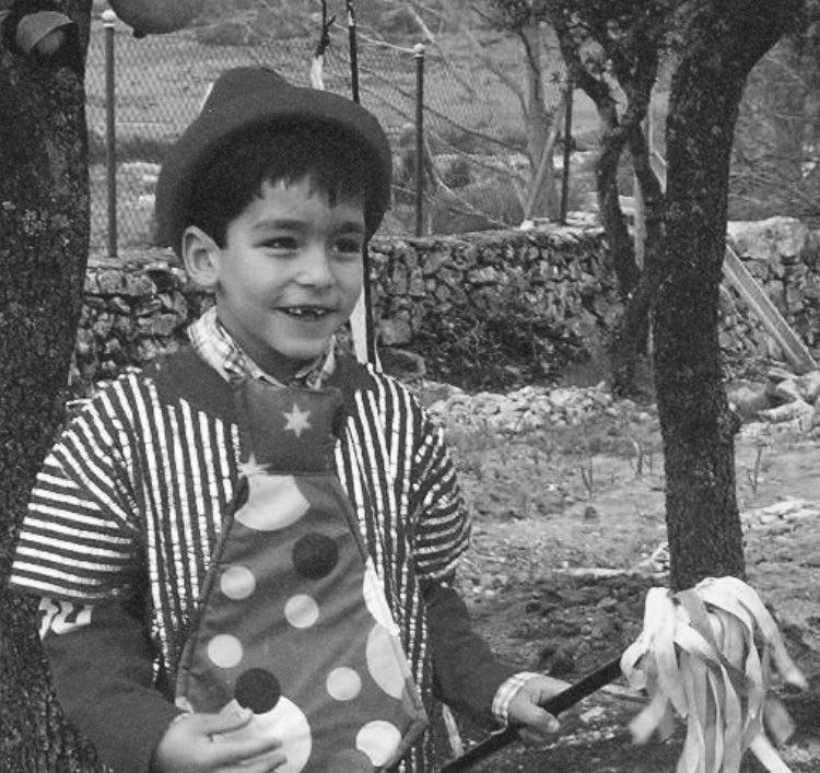 Омар Аюсо в детстве